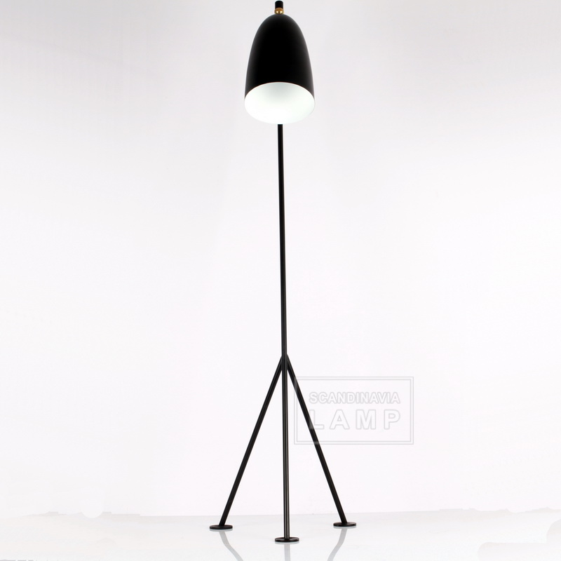 The front of view Gubi Grossman Grasshoppa Floor Lamp